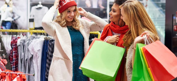 Saving Money on Holiday Shopping
